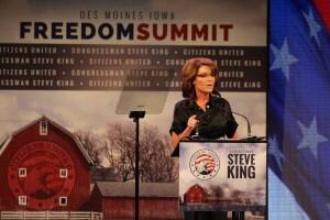 Sarah Palin addresses the crowd in a long, rambling speech.