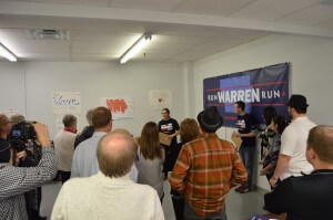 Warren supporters turn out to RWR's Des Moines office opening