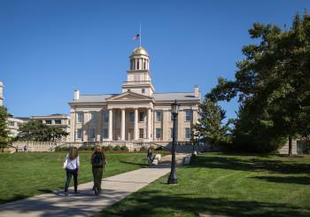 Iowa Travel Guide: Iowa City