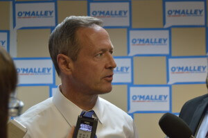 O'Malley speaks with the press after his event