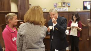 Lindsey Graham Cools Down with a Bowl of Ice Cream While Talking to Voters in LeMars