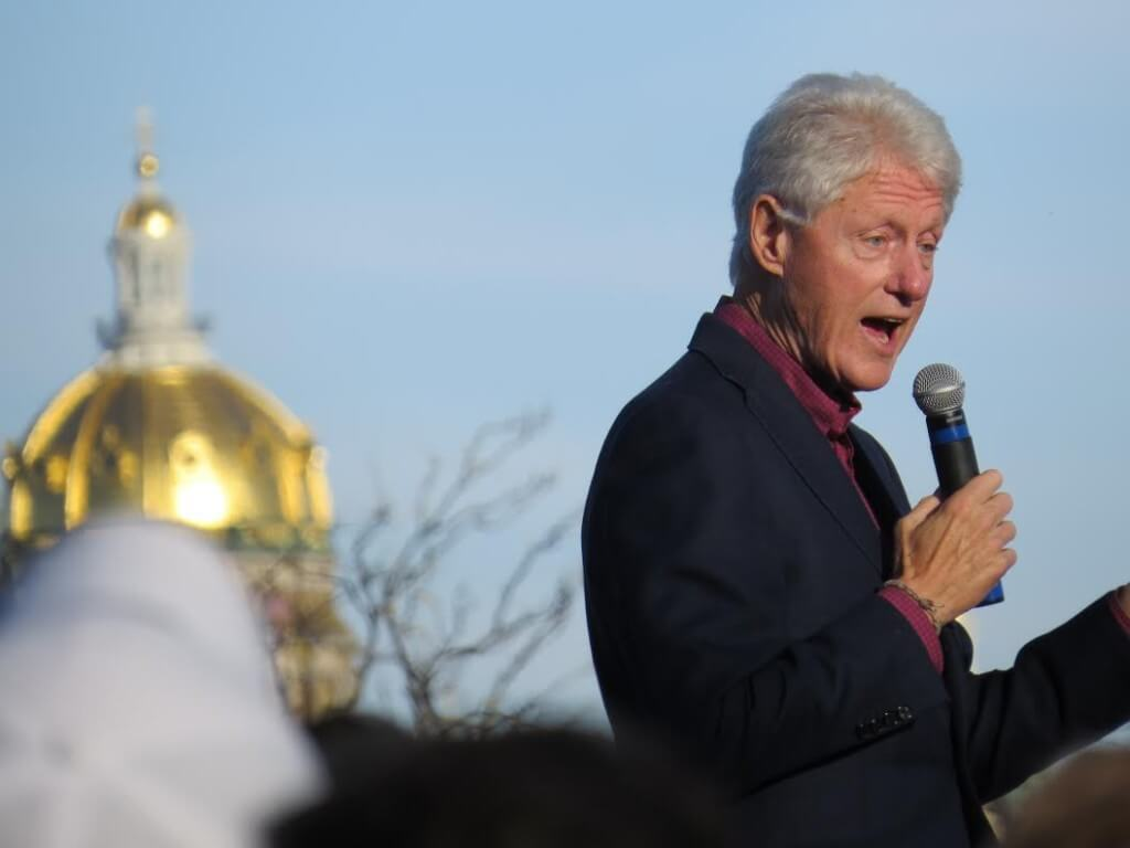 Bill Clinton speaks before Katy Perry