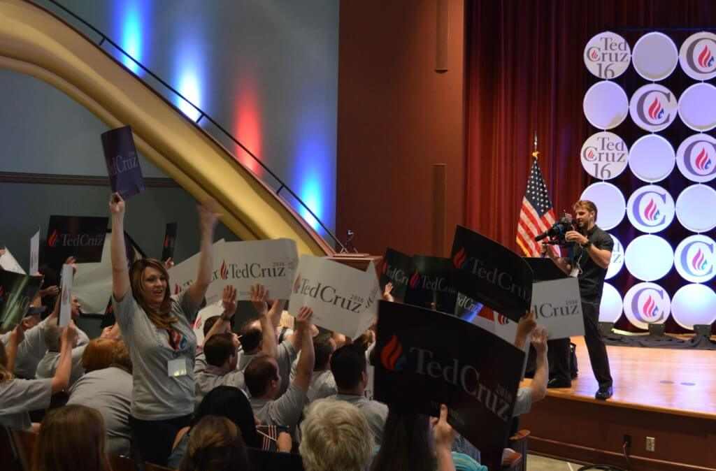 A Cruz rally during the summer