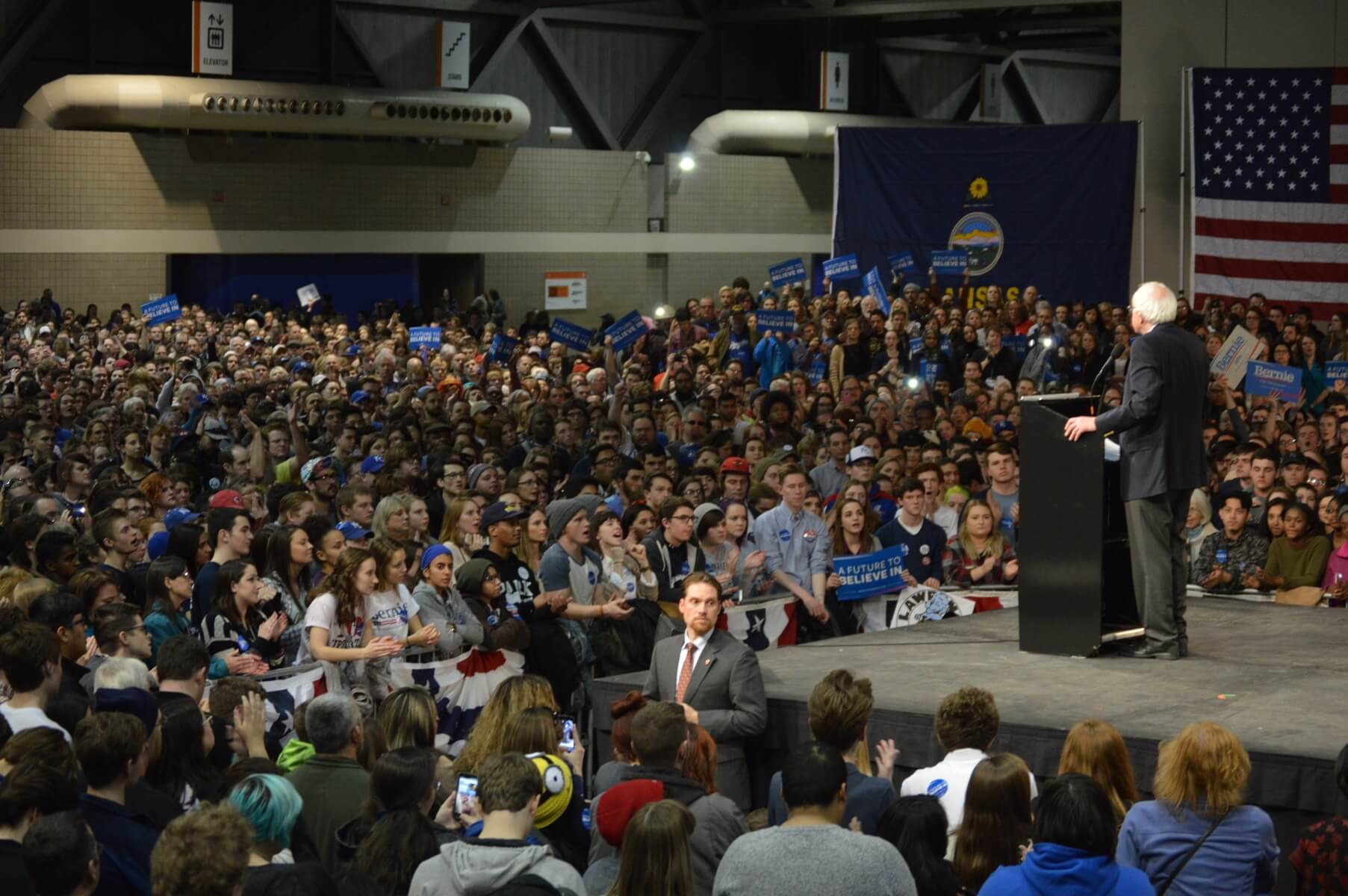 Sanders speaks to over 7,000 in Kansas City, many from Kansas