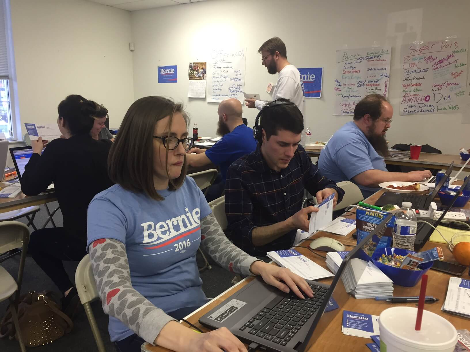 Sanders volunteers at their Shawnee office
