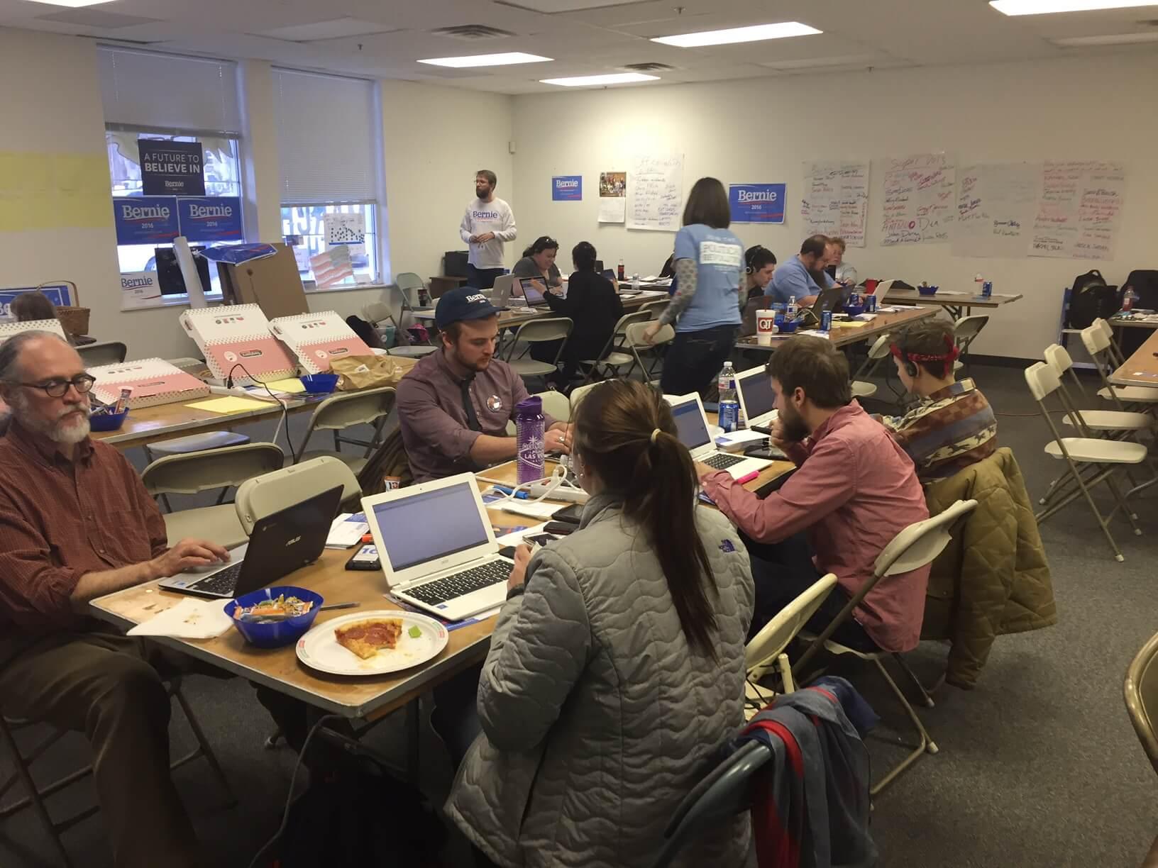 A full office of Sanders volunteers in Shawnee, KS