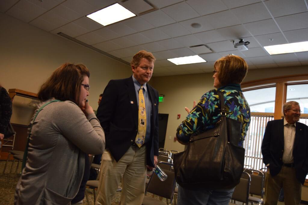 Murphy chats with voters in Monticello