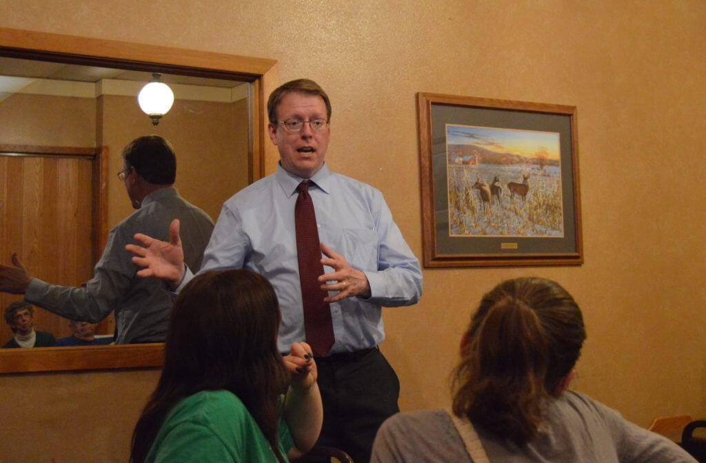 Hogg speaks to the Calhoun County Democrats