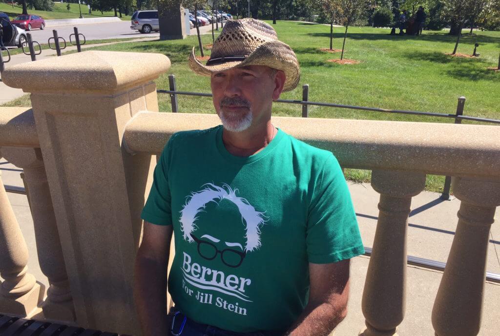 Trujilo, a former key Sanders backer in Iowa