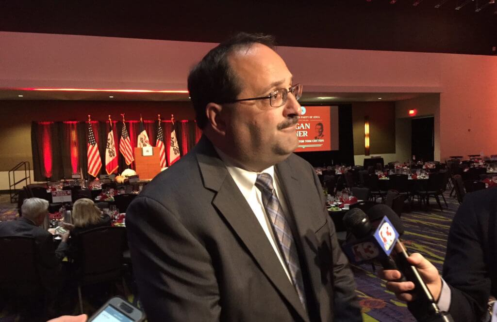 Kaufmann speaks with press