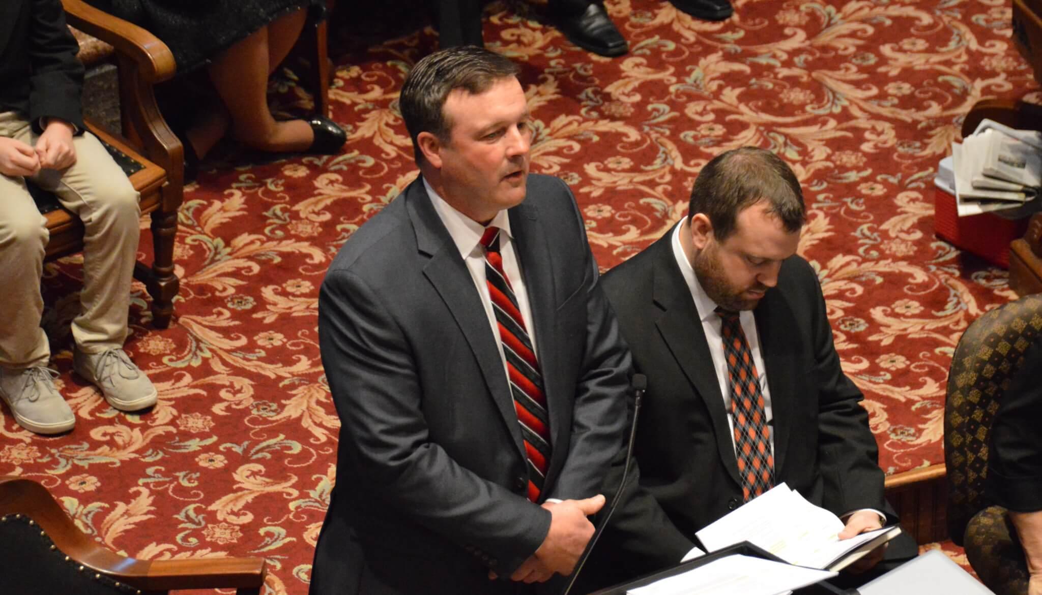 Senator Bill Dix Resigns Following Iowa Starting Line Article