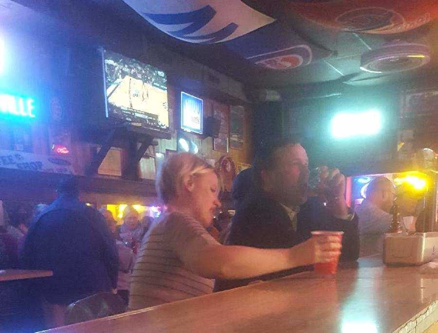 The Bar Patrons Who Recorded The Video Also Took A Couple Pictures Of The Two Where You Can Better See What Certainly Appears To Be Dix